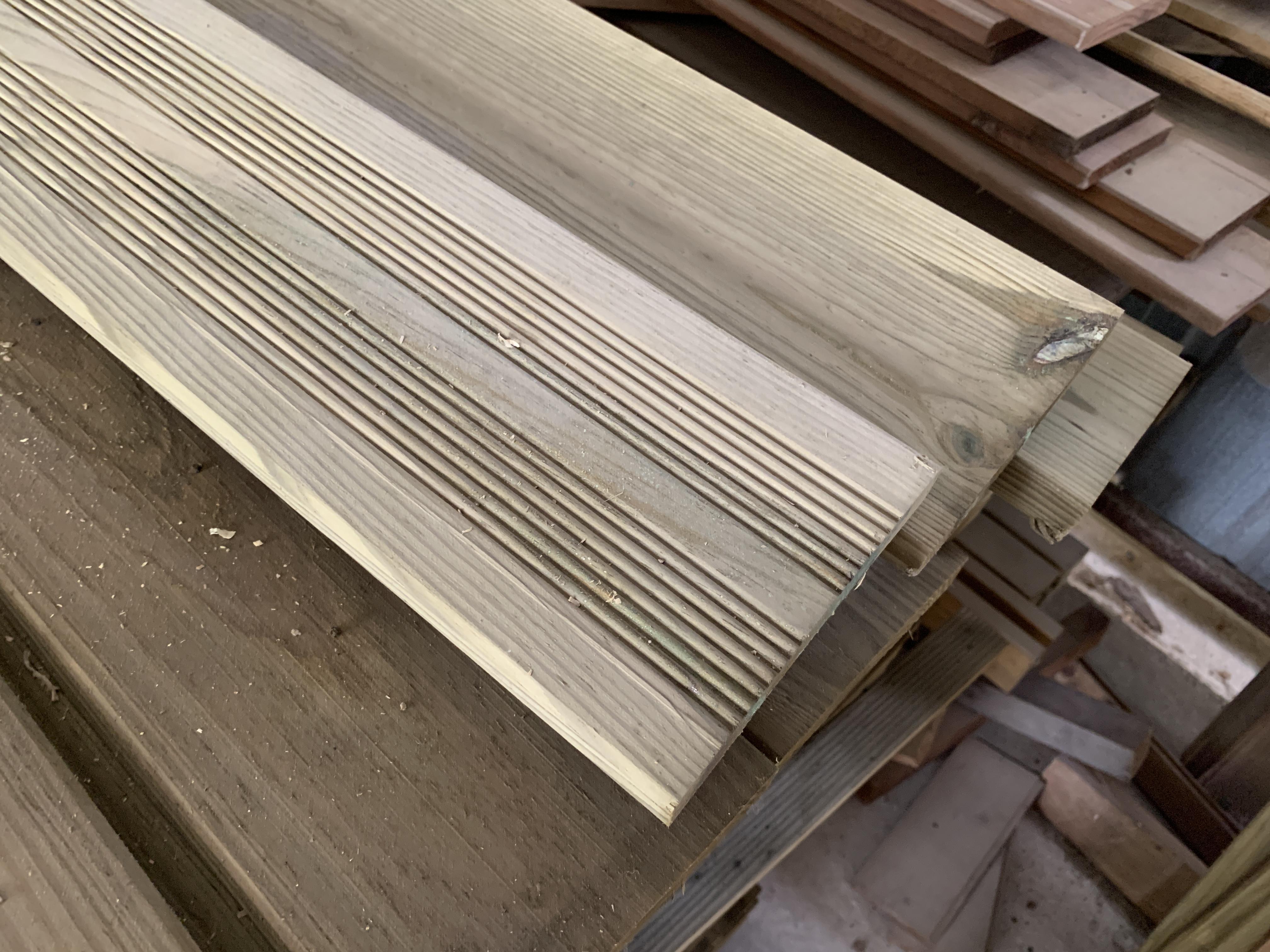 Lames De Terrasse Bois lame terrasse bois autoclave l. 2,40 m selection huchet